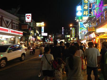 台湾南部の夜市・墾丁夜市(墾丁大街夜市)に行ってきた