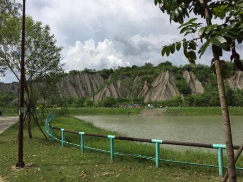 【台湾・高雄旅行】高雄の観光スポット!不思議な景観の田寮月世界